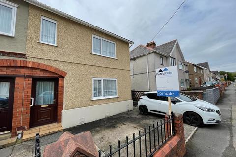 3 bedroom semi-detached house for sale - Kelvin Road, Clydach, Swansea