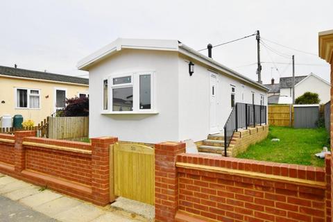 2 bedroom park home for sale - Poulner Ringwood BH24 1TQ