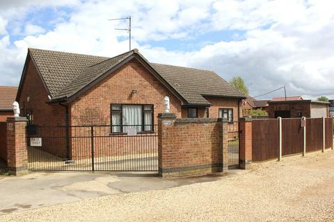 4 bedroom detached bungalow for sale - King's Lynn, Norfolk