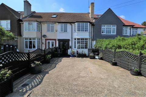 3 bedroom terraced house for sale - Benhurst Gardens, South Croydon, Surrey