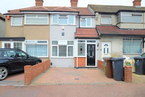 2 bedroom terraced house for sale - Third Avenue, Dagenham