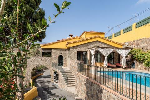 13 bedroom villa - Las Palmas, 29600, Spain