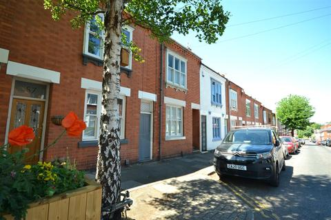 3 bedroom terraced house for sale - Adderley Road, Clarendon Park, Leicester