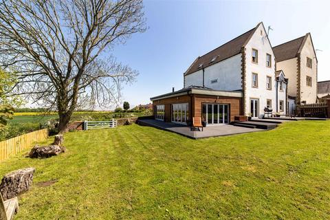 6 bedroom detached house for sale - Nedderton Village, Bedlington