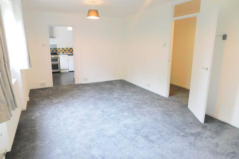 2 bedroom flat to rent - Riverbank, Riverside Road, Staines, TW18 2QG