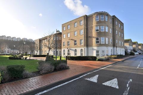 2 bedroom flat for sale - 49 Kingston House, John Batchelor Way, Penarth Marina, Penarth. CF64 1SD