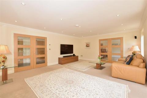 5 bedroom detached house for sale - Old Mill Place, Pulborough, West Sussex