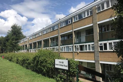 2 bedroom apartment to rent - North Orbital Road, Denham Green