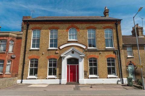 5 bedroom terraced house for sale - East Street, Faversham