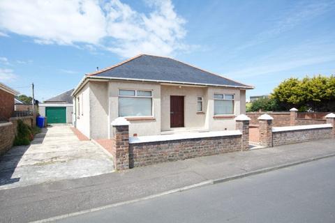 3 bedroom detached bungalow for sale - 9 Weir Avenue, Prestwick, KA9 2JY