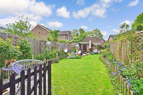 3 bedroom semi-detached house for sale - Station Road, Crawley Down, West Sussex