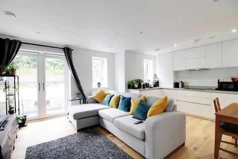 2 bedroom flat for sale - 80 Great North Road, Welwyn AL6 0TA