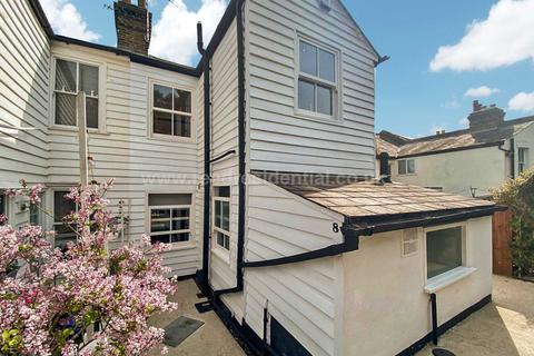 2 bedroom cottage for sale - Pleasant Terrace, Leigh On Sea
