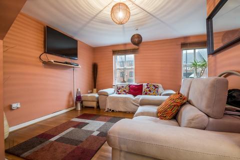 4 bedroom terraced house for sale - Bell Street, London, SE184NA
