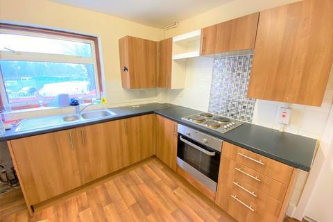 1 bedroom in a house share to rent - Hythe Street, Room 2 Dartford, Kent DA1 1BN
