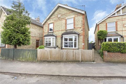 2 bedroom semi-detached house for sale - Century Road, Staines-upon-Thames, Surrey, TW18