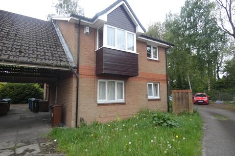 Studio for sale - Givendale Drive, Manchester, M8