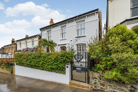 4 bedroom detached house for sale - Gladwell Road, London, N8