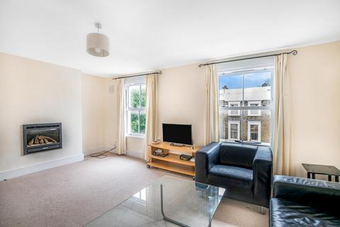 3 bedroom flat for sale - Fernlea Road, Balham