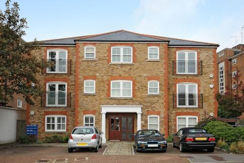 2 bedroom flat to rent - Pentlow Street Putney SW15