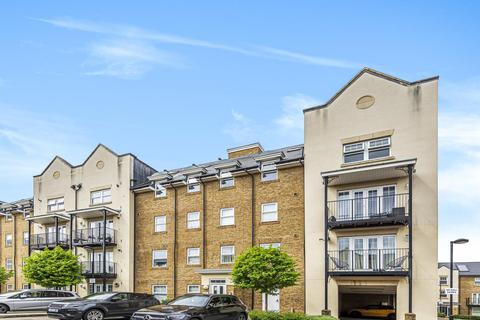 2 bedroom flat for sale - Wells View Drive, Bromley