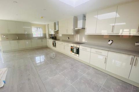 5 bedroom semi-detached house to rent - Windsor Road, Maidenhead, Berkshire, SL6