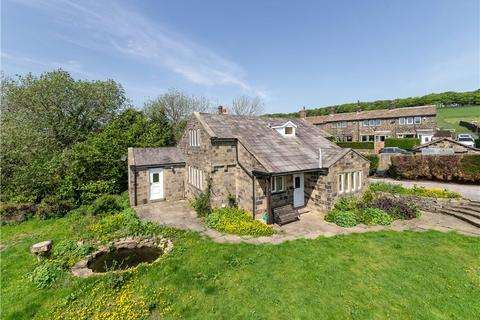 4 bedroom detached house for sale - Pickles Hill, Oldfield, Keighley