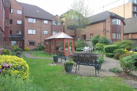 1 bedroom retirement property for sale - Azalea Court, Whytecliffe Road South, Purley
