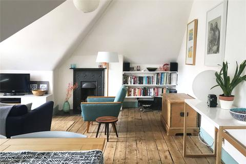 2 bedroom apartment for sale - Rokesly Avenue, London, N8
