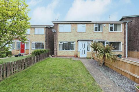 3 bedroom semi-detached house for sale - Jendale, Hull