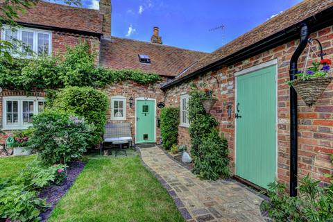 1 bedroom cottage for sale - Tring Road, Long Marston