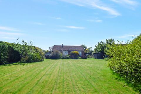 2 bedroom bungalow for sale - Callaly Road, Whittingham, Alnwick, Northumberland, NE66 4SL