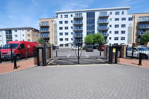 2 bedroom flat for sale - 9 Ty Gwendoline, Marconi Way, Penarth Marina, Penarth. CF64 1SS