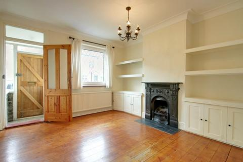 2 bedroom terraced house to rent - Sterling Road, Enfield, Middlesex, EN2