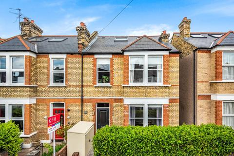 4 bedroom terraced house for sale - Kellerton Road, Hither Green