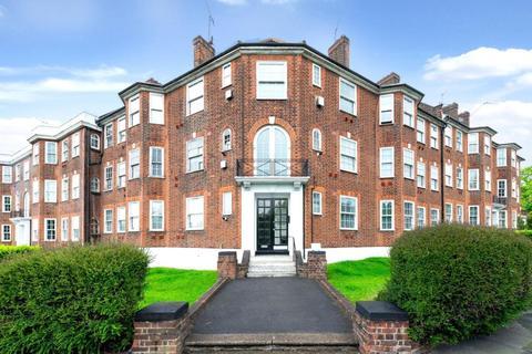 3 bedroom flat for sale - Queensborough Court, North Circular Road, London, N3
