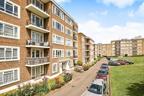 3 bedroom flat for sale - Chessington Court,  Chessington Avenue,  Finchley,  N3