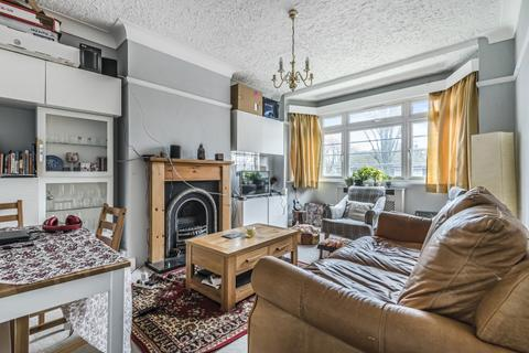 2 bedroom flat to rent - Churchdale Court, London W4