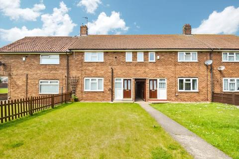 3 bedroom terraced house to rent - Wansbeck Road, Longhill, Hull