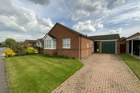2 bedroom detached bungalow for sale - Headland Way, Navenby, Lincoln