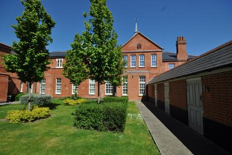2 bedroom apartment for sale - Mary Munnion Quarter, St Johns, Chelmsford, CM2
