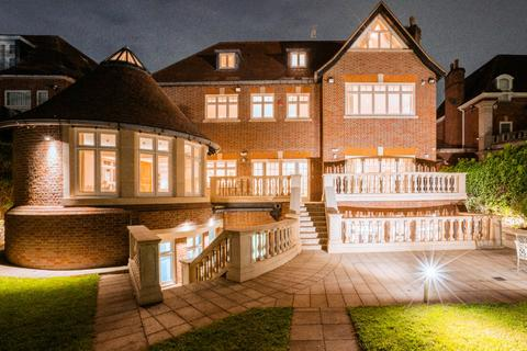 8 bedroom house for sale - The Bishops Avenue N2