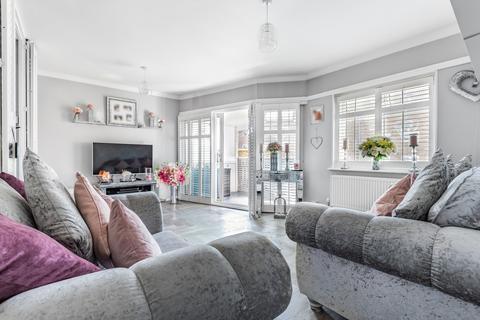 2 bedroom flat for sale - Albert Road Belvedere DA17