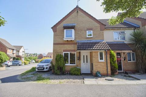 3 bedroom semi-detached house to rent - Garden Close, Burbage
