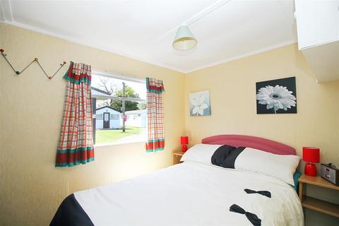2 bedroom chalet for sale - Mundesley, NR11