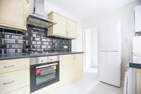 2 bedroom flat to rent - Warwick Street, Heaton, NE6 5AR