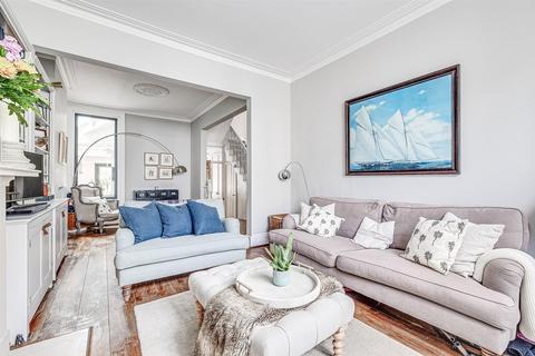 4 bedroom terraced house for sale - Fabian Road, London