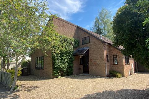 4 bedroom detached house for sale - The Street, Barton Mills
