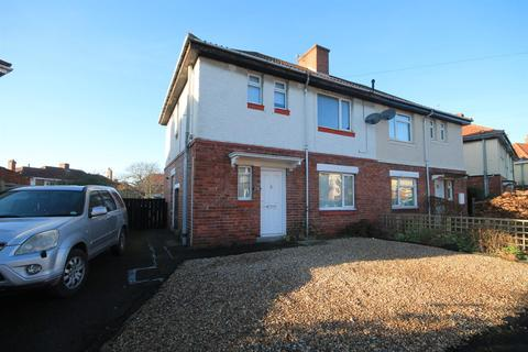 3 bedroom semi-detached house to rent - Musgrave Gardens, Gilesgate, Durham