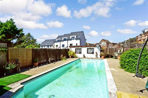 4 bedroom detached house for sale - Goda Road, Littlehampton, West Sussex